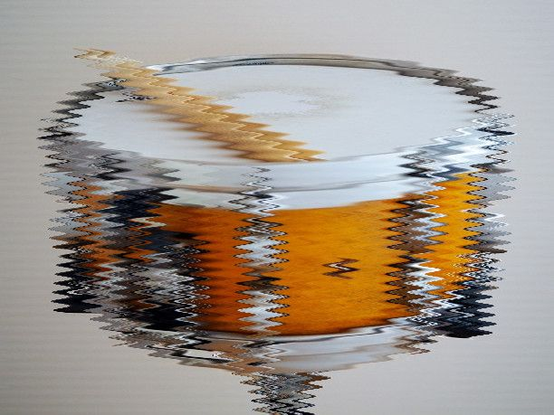 A distortion effect on a snare drum.