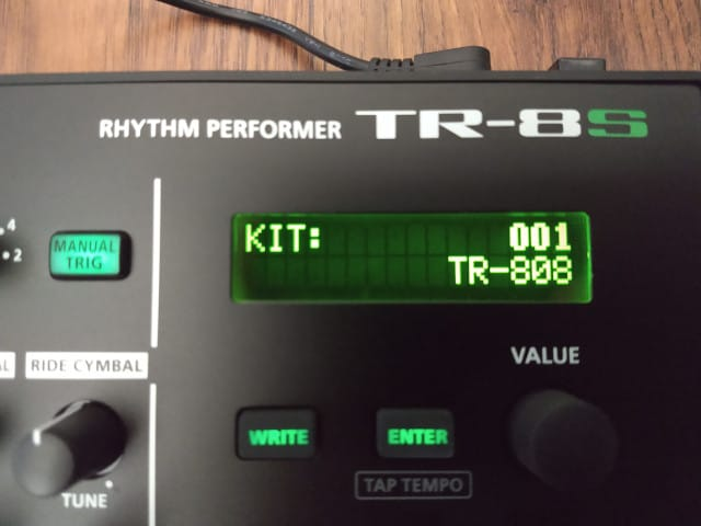 The LCD of a Roland TR-8S that shows the active TR-808 drum kit